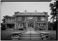 Mineral Hall, circa 1988. Represents the numerous ornate houses built in the South Hyde Park area of Kansas City around 1900. Moreover, it is an important extant example of the work of Kansas City architect Louis S. Curtiss. The builder and occupant both played a role in the business development of the area. Oh The Places You'll Go, Great Places, Excelsior Springs, Kansas City Missouri, University Of Kansas, Hyde Park, Historic Homes, Historical Photos, Big Ben