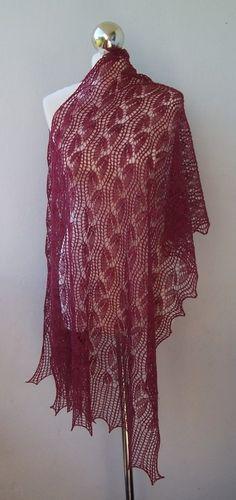 Włóczkomania (beautiful lace knit shawl)