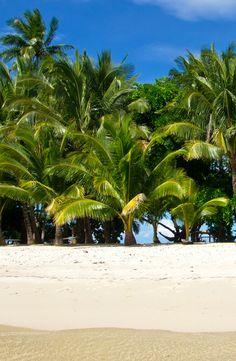 """Mitten in den Philippinen gibt es eine kleine Robinson Crusoe Insel, die """"German Island"""" genannt wurde. Die Insel liegt vor Port Barton auf Palawan und ist ein wahres Paradies!"""