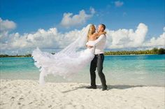 Lo voglio! (... al mare, però) #SRBB #LOVESRBB #StRegisBoraBora #matrimonio