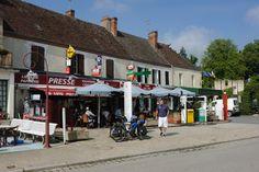 #eguzon #village #etape #village #etape #indre #centre #commerces #consommerlocal #terrasse