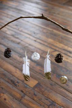 diy holiday mobile http://blog.freepeople.com/2012/11/diy-holiday-mobile/#