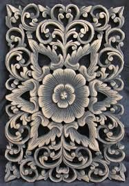 Antique Wall Hanging made of Pure Sheesham Wood with Floral Panel de crexports Chip Carving, Wood Carving, Wooden Wall Art, Wood Art, Got Wood, Wooden Plates, Carving Designs, Cutwork, Antique Gold