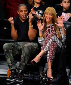 Beyoncé - Beyoncé and husband Jay-Z, who is an owner of the Brooklyn Nets basketball team, enjoy a game at the new Barclays center.