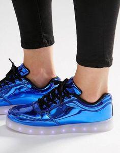 Ярко-синие кроссовки со светящейся подошвой Wize & Ope