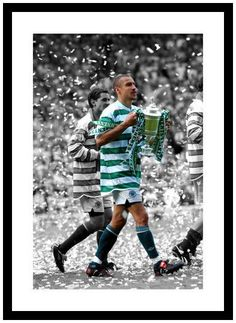 Henrik Larsson Last Celtic FC Game Spot Colour Photo Memorabilia Football Cards, Football Players, Glasgow, Celtic Fc, Everton Fc, Last Game, King Of Kings, Soccer, Club