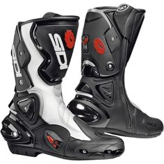 Sidi Vertigo Evo Motorcycle Boots  Description: The Sidi Vertigo Evo Motorbike Boot has a range of       innovative features making it a unique boot:              Specifications include              TECHNOLOGY                      Tecno VR System – The leg portion – in polyurethane – is fitted with         the...  http://bikesdirect.org.uk/sidi-vertigo-evo-motorcycle-boots-12/