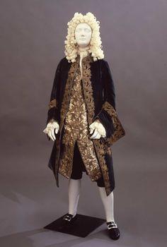 Suit, 1710′sFrom the Galleria del Costume di Palazzo Pitti via...