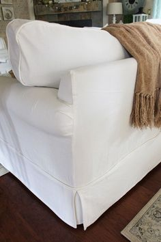 How to Make a Sectional Slipcover Part 2: Cushion Covers | Confessions of a Serial Do-it-Yourselfer