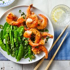 Salt & Pepper Shrimp with Snow Peas Recipe 400 Calorie Dinner, Low Calorie Dinners, Healthy Dinners, Pea Recipes, Fish Recipes, Dinner Recipes, Summer Recipes, Asian Recipes, Vegetarian Recipes