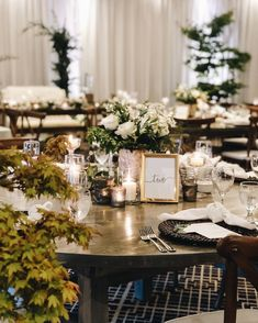 It's an outdoors inside kind of night at Nita Lake Lodge for J+C's big day 😍 with @cahootscreative & @ourlittleflowercompany PC: filosophi