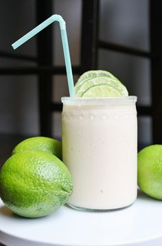 fresh lime freeze  -a good quality vanilla ice cream -clear soda (sprite-7up) -ice -1 tsp vanilla per batch -lots of rolled limes -green dye (optional)