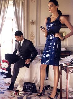 *Billionairess Club* She chilling out with Her Better Half before the guests arrive for the party.