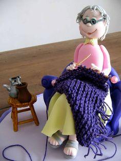 https://flic.kr/p/6gFYnL | Vovózinha... (www.djalmareinaldo.com.br) | Modelagem de uma vovózinha que completou 80 anos, e que vive fazendo tricô (a filha que fez o tricô, pois queria participar da modelagem também, inclusive adorei o resultado final!), e o chimarrão inseparável!