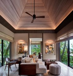 Escape to the secluded beach, ancient rainforest and five-star luxury of The Ritz-Carlton, Langkawi in Malaysia. Interior Ceiling Design, Beautiful Interior Design, Resort Interior, Living Room Decor Inspiration, Resort Villa, Best Hotel Deals, Loft Design, Hotel Reviews, Decoration