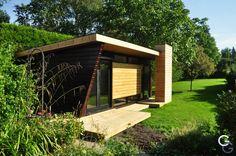 A modern garden retreat by G&G Design