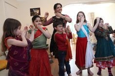 Cross-cultural Indian dance workshop with shared-city.org