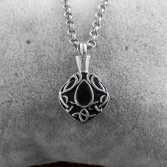 316L Stainless Steel Necklace Memorial Cremation Urn Necklace Locket Pendant Bone Ash Jewelry For Women Colgante De Collar N-266