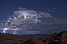 ¿Qué hacer cuando te sorprende una tormenta en la montaña? - Noticias de El tiempo