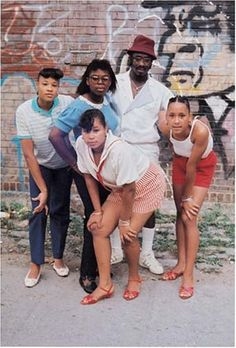 """red hook from """"things done changed,"""" ph: jamel shabazz j Hip Hop Fashion, Urban Fashion, 90s Fashion, Fashion Shoes, Jamel Shabazz, British Rappers, Old Hairstyles, African American Culture, Vintage Black Glamour"""