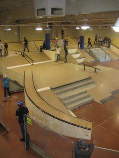 downtown building with great silouhettes Backyard Skatepark, Skate Ramp, Springfield Massachusetts, Skate Photos, New Business Ideas, Skateboard Decks, Big Houses, Building Design, Indoor