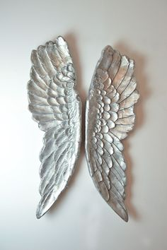 These beautiful angel wings would be sure to be a vocal point to your home and are easy to hang! – What room would you place them in? Order today for FREE deliveries and FREE returns!