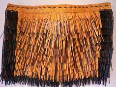 Flax Weaving, Hand Weaving, Maori Patterns, Polynesian People, Cultural Crafts, Maori Designs, New Zealand Art, Maori Art, Easter Island