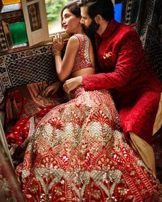 Lovely Photo: Anita Dongre Bridal Couture Campaign (except Motifs too large! Indian Bridal Outfits, Indian Bridal Lehenga, Red Lehenga, Indian Dresses, Bridal Dresses, Anarkali, Lehenga White, Maxi Dresses, Indian Wedding Couple