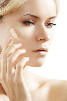 Best Foundation Makeup for Hyperpigmentation Best Foundation Makeup, Mac Foundation, Beauty Secrets, Beauty Hacks, Beauty Tips, Bb Cream, Facial Cleansers, Beauty Make Up, Beauty Stuff