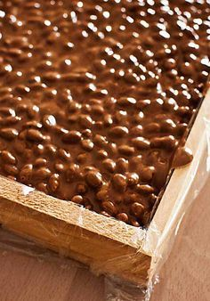 Como hacer turrón de chocolate y arroz inflado con Thermomix Christmas Sweets, Noel Christmas, Vegan Dessert Recipes, Fun Desserts, I Love Chocolate, Pan Dulce, Bread Machine Recipes, Chocolate Decorations, Sweet Recipes