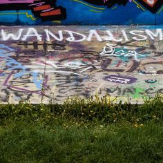 #wandalismus #streetart #linz #austria #nofilter #linzpictures #vandalism #wandalism #graffiti #art #kunst #message #tourism #travel #youth #lnz #igerslinz
