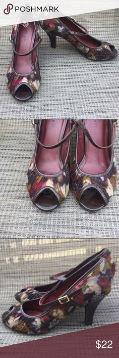 """👠Gorgeous tapestry print heels 👠 These are beautiful shoes! Burgundy tapestry print peep toe shoes. Worn outside once. 3"""" heel. Style name is Mollyyy Madden Girl Shoes Heels"""