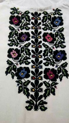 Border Embroidery Designs, Bead Embroidery Patterns, Folk Embroidery, Learn Embroidery, Modern Embroidery, Beaded Embroidery, Cross Stitch Embroidery, Machine Embroidery, Folk Fashion