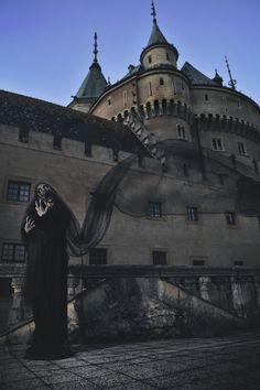General 2832x4256 architecture building castle Slovakia portrait display women spooky black dress ghost veils scarry evening tower
