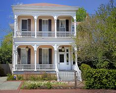 colors of homes in new orleans la | Tags: Garden District , Historic District , New Orleans , NOLA