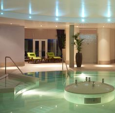 The hydrotherapy pool at Rockliffe Hall's award winning spa.relax and rejuvinate with a full spa day. Short Break Holidays, European City Breaks, Spa Breaks, Best Spa, Cool Pools, Awesome Pools, Luxury Spa, Hotel Spa, Spa Day