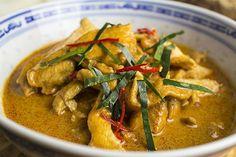 Gaeng Panang Gai – thailändisches Curry mit Huhn