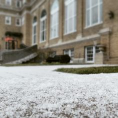 There was a lovely surprise awaiting faculty & staff at Southeast this morning! #snow #winteratSEMO