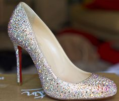 Christian Louboutin OFF! DIY Christian Louboutin Fifi Strass heels - Save even more by buying off-brand shoes and using red fingernail polish for the soles or buying a red replacement sole! Sparkle Wedding Shoes, Wedding High Heels, Bridal Heels, Prom Heels, Sparkle Shoes, Diy Wedding Shoes, Stilettos, Pumps, Bling Shoes
