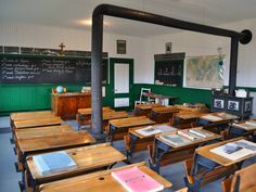 École du Rang II d'Authier Conference Room, Table, Furniture, Home Decor, Elementary Schools, Decoration Home, Room Decor, Tables, Home Furnishings