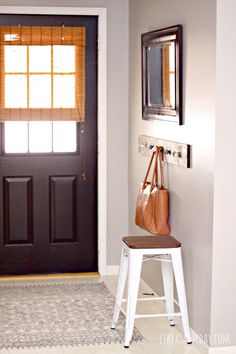 How to work with a small entry way