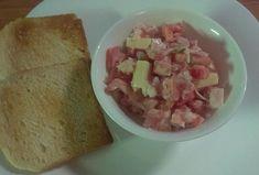 Zeleninový salát se sýrem a šunkou  https://www.recepty.cz/recept/zeleninovy-salat-se-syrem-a-sunkou-2661