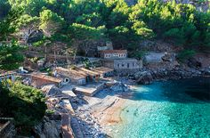 Mallorca is the most visited of all the Balearic Islands. Discover a local guide to the best coves and secret bays of Mallorca. Beautiful Islands, Beautiful Places, Spain Images, Spain Holidays, Balearic Islands, Majorca, Spain And Portugal, Most Visited, Vacation Trips