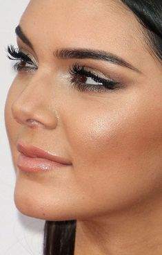 Kendall Jenner in Yigal Azrouël Spring/Summer 2014 and Jean-Michel Cazabat shoes – 2014 American Music Awards #AMAs #beauty #makeup #hair @robscheppy @esteelauder