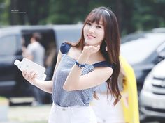 Gfriend Yuju, Entertainment, G Friend, Very Well, Korean Girl Groups, Kpop Girls, Crop Tops, Music, Beauty
