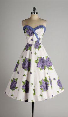 vintage 1950s dress . purple rose print . by millstreetvintage