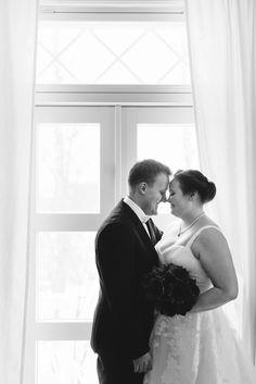 Glamorous Wedding, Elegant Wedding, Finland, Glamour, Wedding Dresses, Classic, Winter, Fashion, Bride Dresses