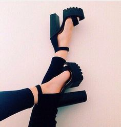 8 Stupendous Tips: Shoes Boots Cute shoes quotes hilarious.Trending Shoes For Girls. Heeled Boots, Shoe Boots, Shoes Heels, Suede Sandals, 90s Shoes, Shoes Sneakers, Sneakers Style, Chunky Sandals, Sandal Heels