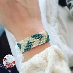 #danaaccessories #miyuki #miyukibracelet #miyukibileklik #bileklik #miyukiaddict #handmade #elemeği #elyapımı #beaded #yeşil #altın #green #gold #accessories #handmadejewellery #beadloom