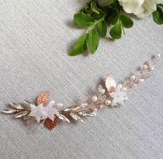 🌸Mia rose gold 🌸         Wedding hairpin #veloefilo Hairpin, Wedding Hair Accessories, Gold Wedding, Wedding Hairstyles, Rose Gold, Brooch, Jewelry, Jewlery, Jewerly